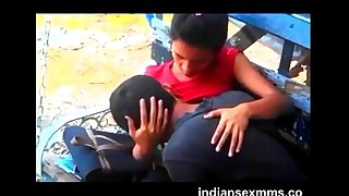 desi school lovers boobs suck in park