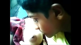 http://destyy.com/wJOz5D  watch full vid India teen enjoy with beau